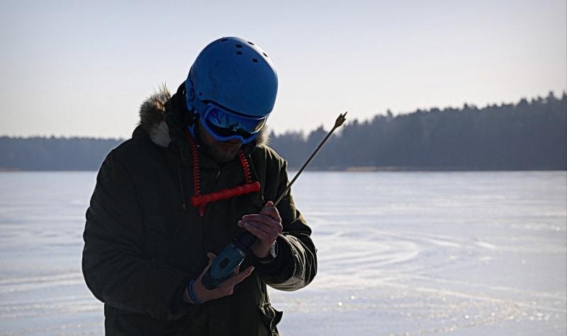 sprawdzanie grubości lodu