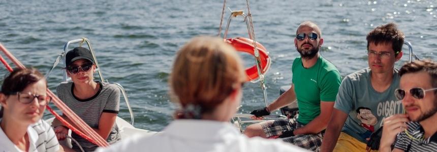 szkolenia żeglarskie dla firm